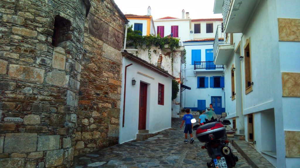 Skopelos Stadt City - Platon Kiriazidis