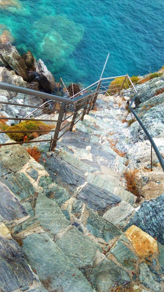Steinstufen des Agios Ioannis Skopelos - PlatonKiriazidis