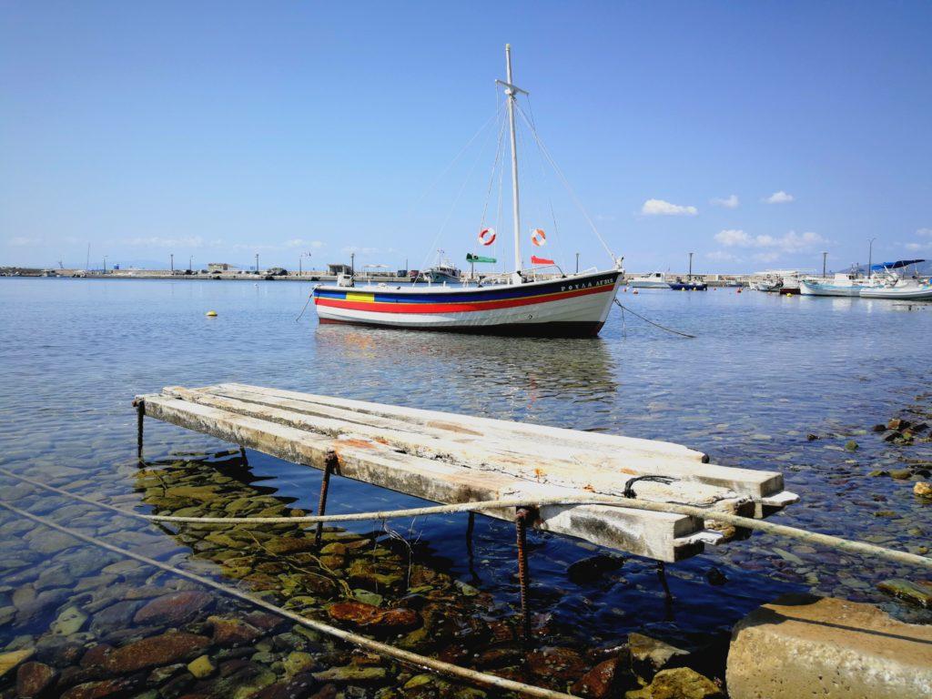 Hafenansicht von Loutraki / Glossa