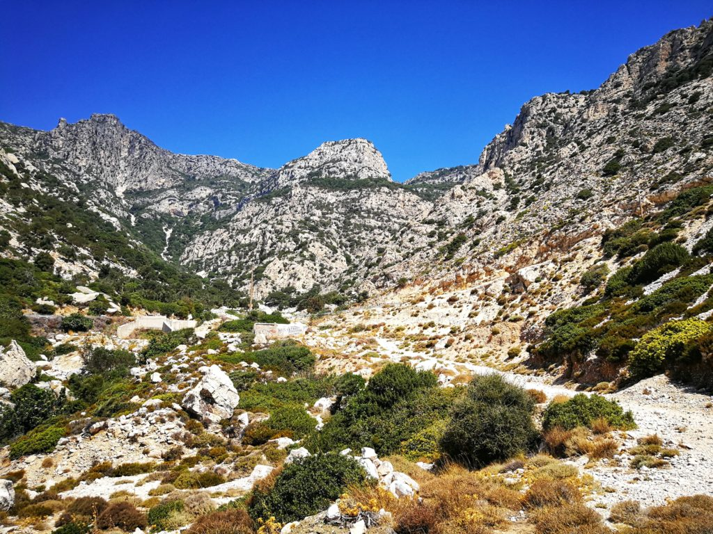 Ikaria Landschaft Berge_Platon Kiriazidis