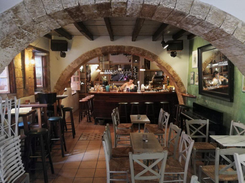 Fagotto Innen - es finden noch oft Live-Jazzkonzerte hier statt_Platon Kiriazidis