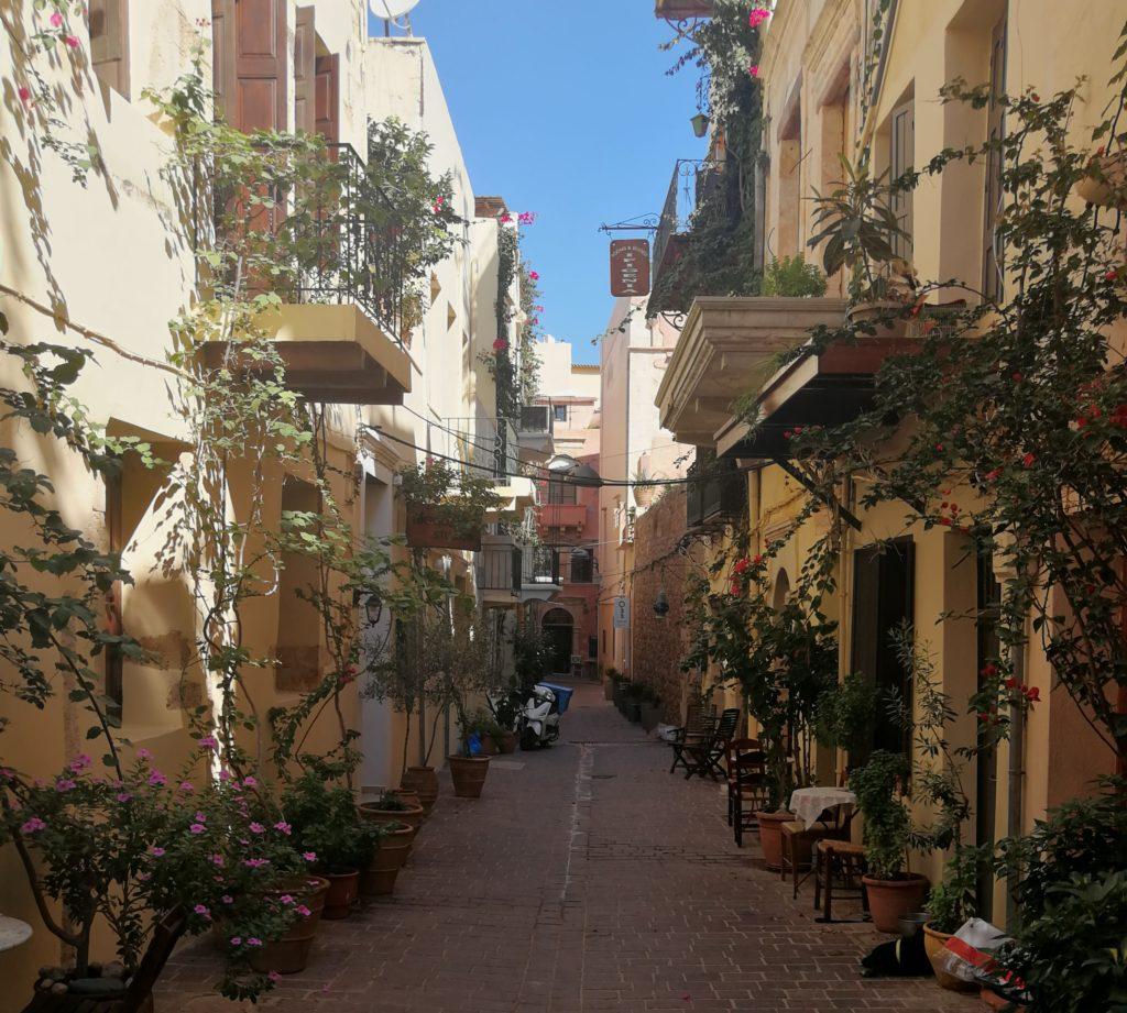 Eine Gasse in der Altstadt von Chania_platon Kiriazidis