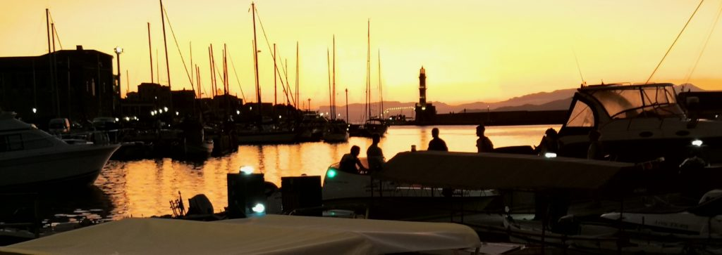 Sonnenuntergang im Hafen von Chania_Platon Kiriazidis
