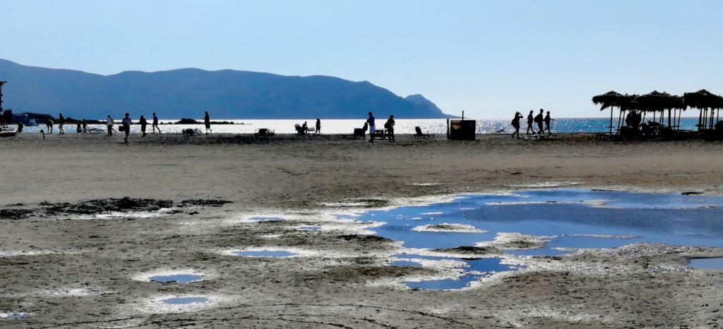 Der Ansturm der Touristen ist im oktober ungebrochen in Elafonissi Beach_Platon Kiriazidis